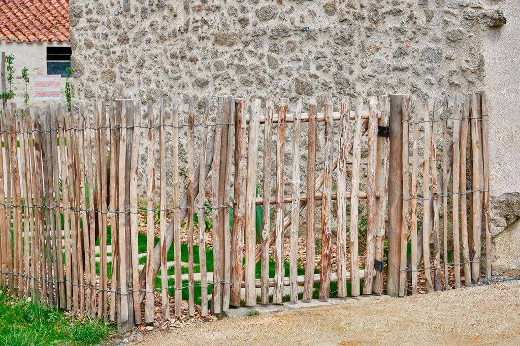 Ganivelle et portillon bois